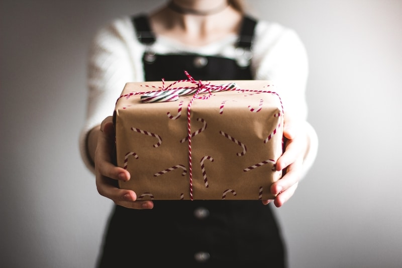 5 Holiday Direct Mail Marketing Ideas